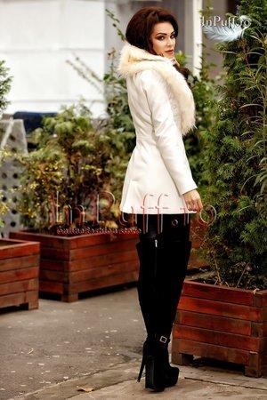 palton-dama-alb-de-iarna