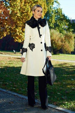 palton-dama-alb-elegant