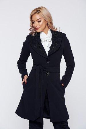 palton-negru-cu-broderie