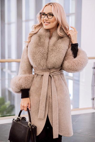 palton bej lana alpaca