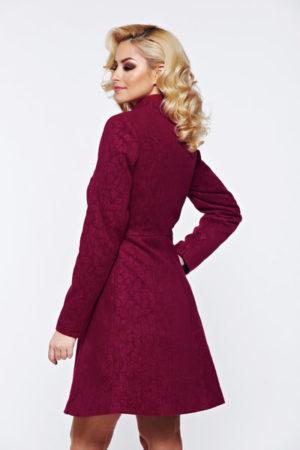palton dama in clos