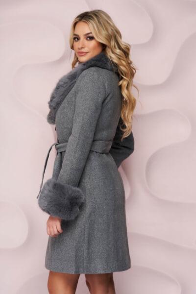 palton-gri-elegant-din-material-gros